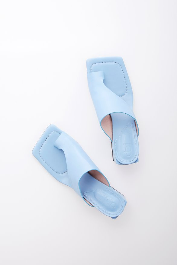 [김나영 노필터 TV]HIGHLAND PARK sandals (Sky blue)