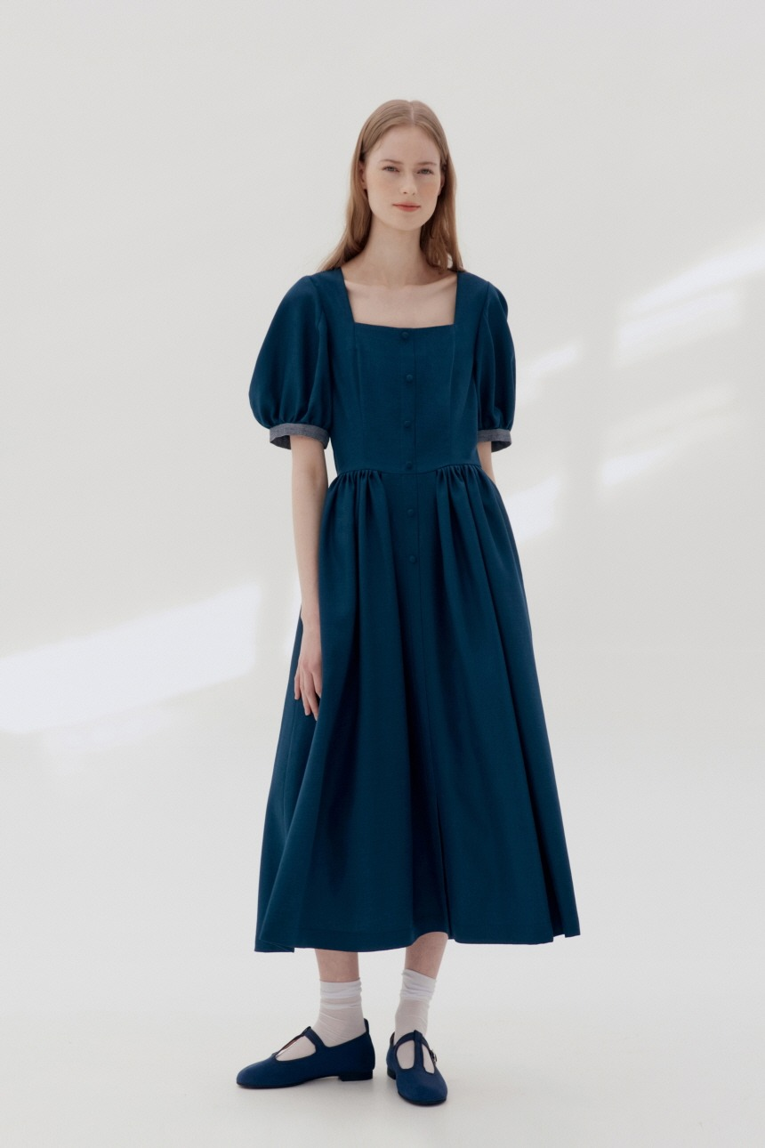 HAMDEOK Square neck dress (Blue navy)