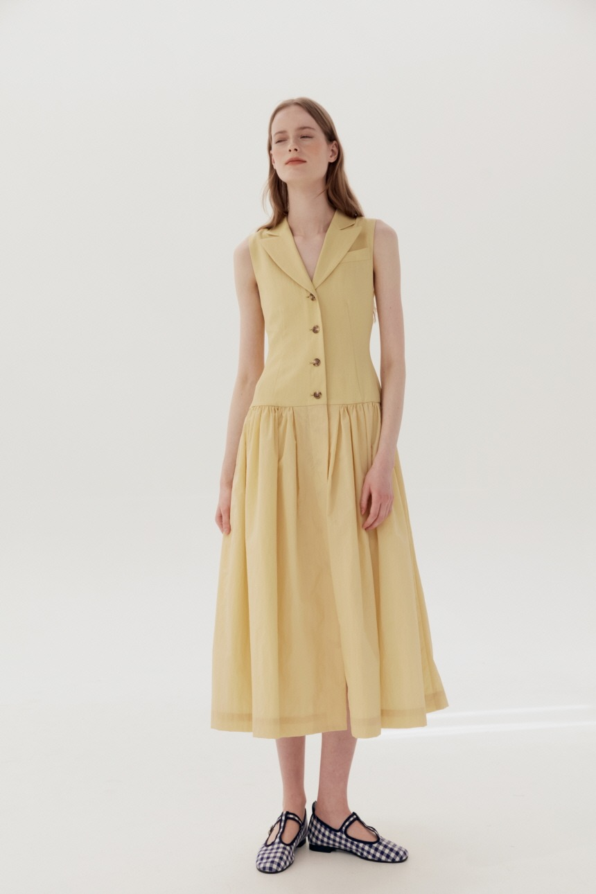 [5/21-마감, 2차-5/28 예약배송]GWAKJI Notched collar sleeveless shirt dress (Butter)